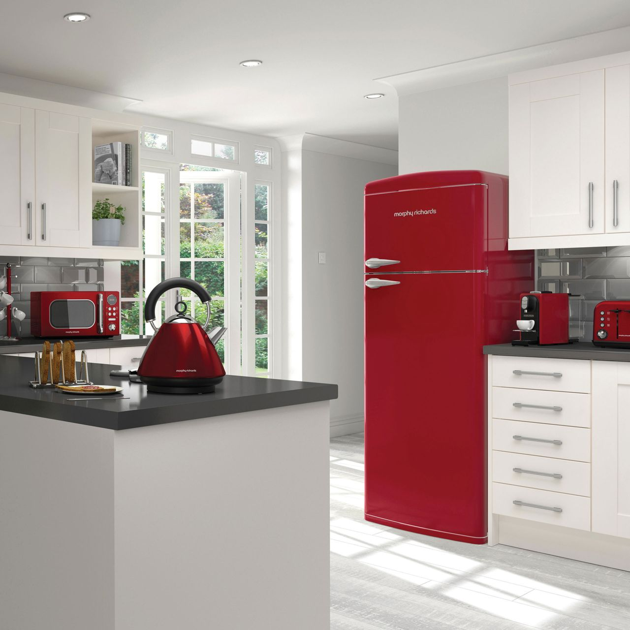 Morphy Richards Microwave Red